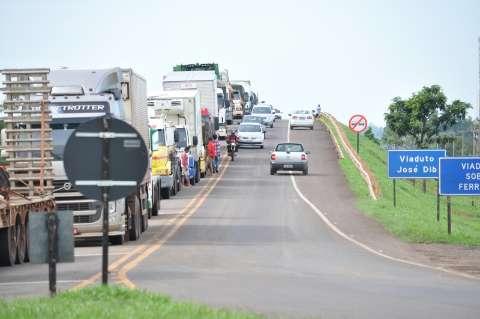 Protesto de caminhoneiros chega ao 5° dia com seis trechos interditados