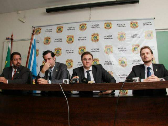 Coletiva de imprensa em que detalhes desta fase da operação foram revelados (Foto: Marcos Ermínio)