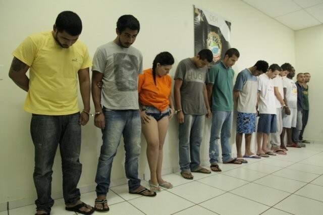 Doze foram presos e quatro adolescente apreendidos pela morte de Fininho (Foto: João Paulo Gonçalves/Arquivo)