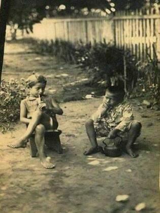 Sabe quem está na foto tomando tereré? Plínio Barbosa Martins.