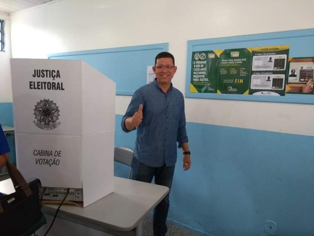 Marcos Rocha durante votação neste domingo (Foto: Divulgação)