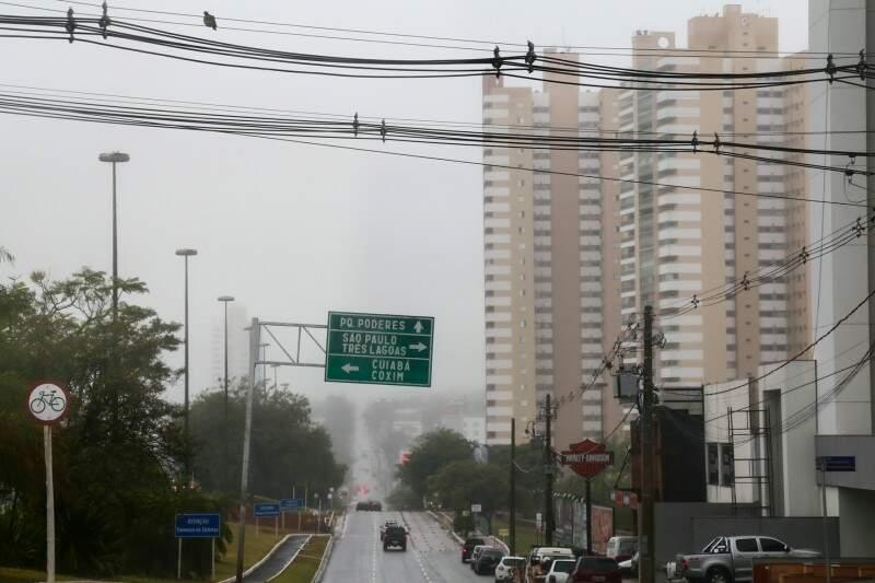 Ontem choveu o dia todo em várias cidade, mas o sol voltou hoje. (Foto: Marcos Ermínio)