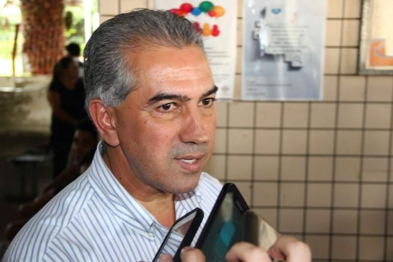Governador Reinaldo Azambuja confirmou que a família de Luciano está bem. (Foto: Fenando Antunes)