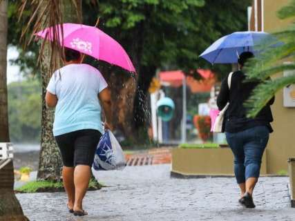 Ciclone no sul do país traz chuva e põe MS sob alerta de tempestade
