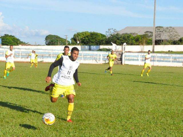 Treinamento da equipe do Corumbaense (Foto: Reprodução/Facebook)