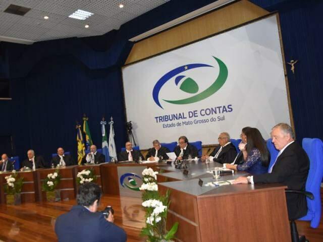 Conselheiros do Tribunal de Contas, durante sessão (Foto: Divulgação/TCE-MS)