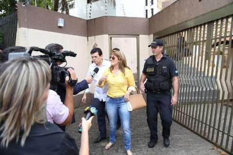 Andreia Olarte vai dividir cela com 20 presas no presídio feminino