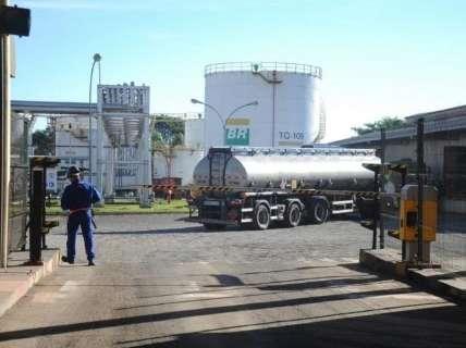 Petrobras reduz preço do diesel em 7 centavos nas refinarias