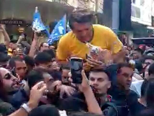 Bolsonaro estava em Juiz de Fora (MG) quando ataque houve ataque. (Foto: Reprodução vídeo)