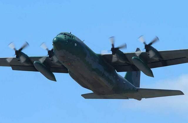 Avião Hércules C-130 semelhante ao que participa de treinamento na Capital. (Foto: Divulgação)