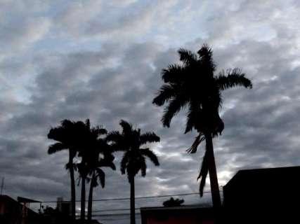 Sol aparece, mas temperaturas caem no decorrer do dia no Estado