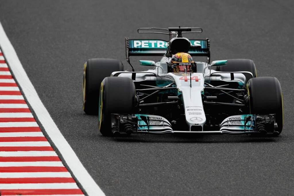 Soberano no treino classificatório, o britânico Lewis Hamilton largará na ponta do GP do Japão na madrugada deste domingo (Foto: Divulgação)