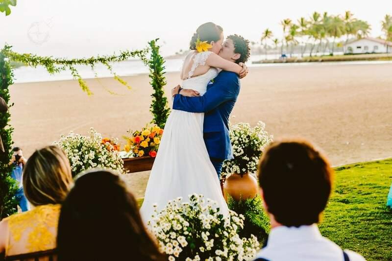 Enfim casados e muito fotografados. (Foto dos amigos: Ricardo Raposo e Layane Karru)