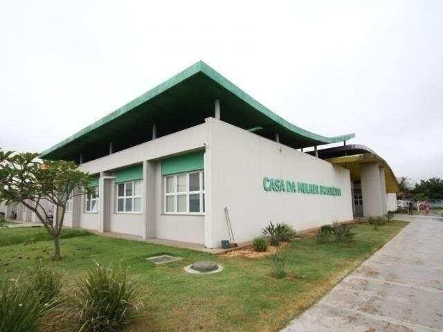 Casa da Mulher Brasileira, onde fica a Deam (Delegacia Especializada de Atendimento à Mulher), em Campo Grande. (Foto: Arquivo)