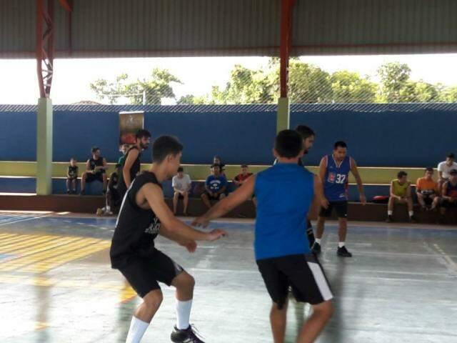 Competição de basquete em MS (Foto: Divulgação)
