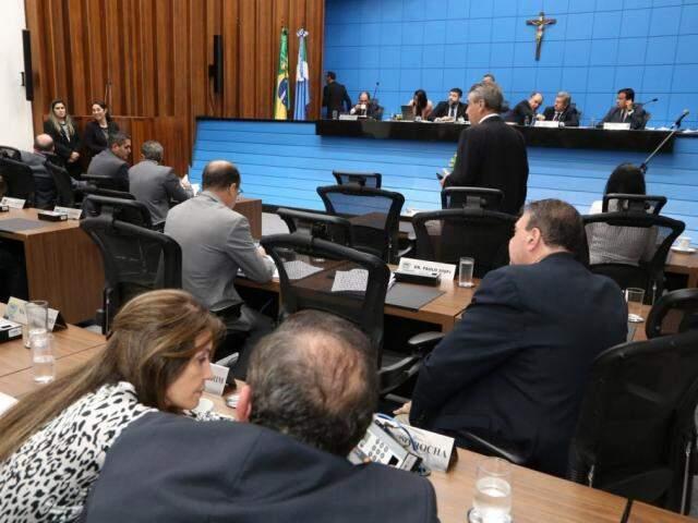 Propostas do governo foram votadas em regime de urgência (Foto: Victor Chileno/ALMS)