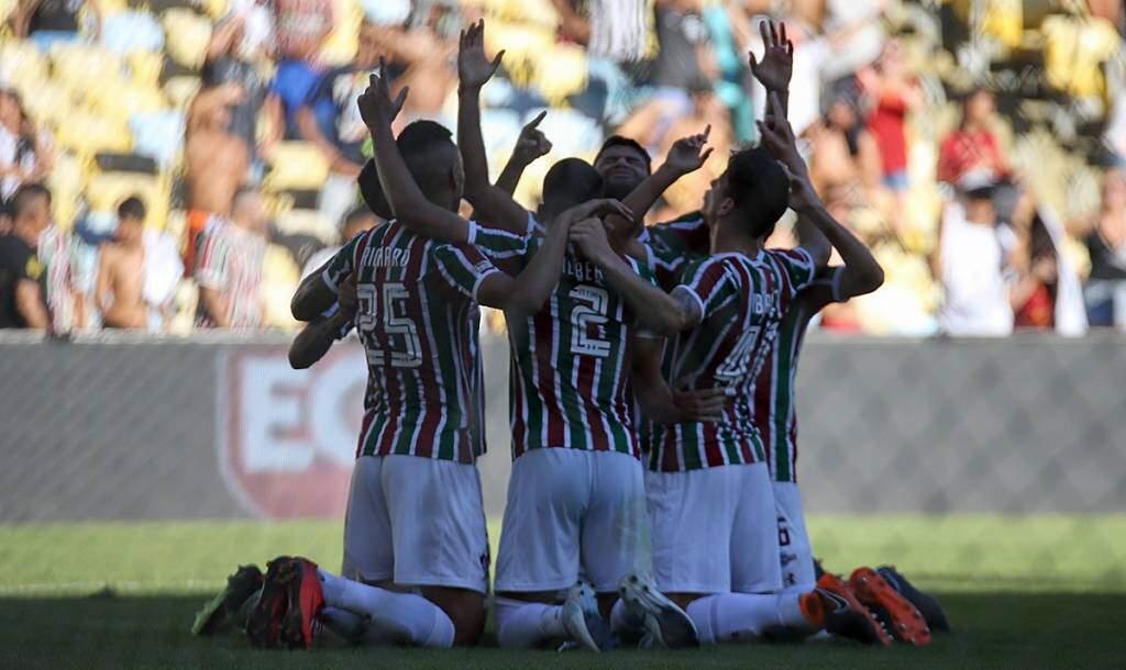 Jogadores do Fluminense comemoram resultado que garantiu título do 2º turno (Foto: Lucas Merçon/FFC)