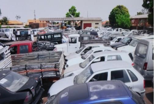 Veículos, motocicletas e até caminhões serão leiloados (Foto: divulgação TJ/MS)