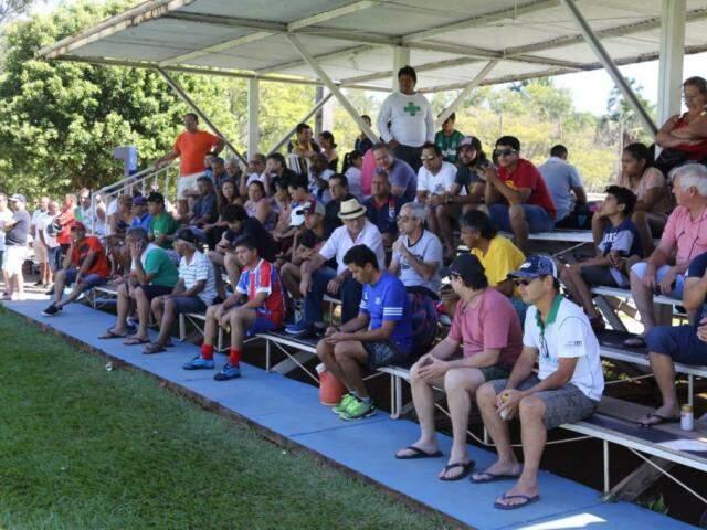 Público acompanha decisão da Copa do Rádio Clube. (Foto: Paulo Francis)