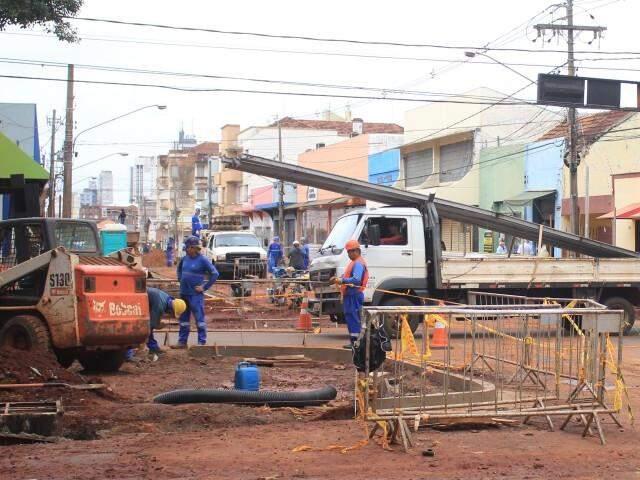 Trecho da área central de Campo Grande passa por obras (Foto: Paulo Francis/Arquivo)