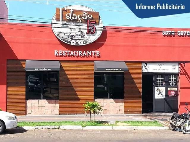 O Restaurante Estação 15 fica na rua 15 de novembro, 1664, na esquina com a 25 de dezembro. (Foto: Alcides Neto)