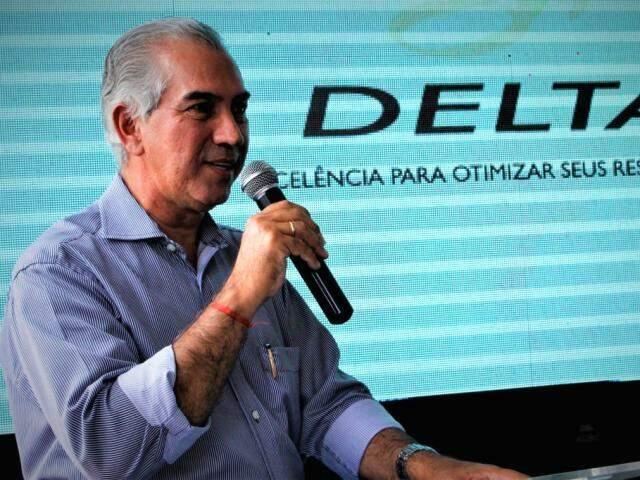 Governador Reinaldo Azambuja (PSDB)  durante discurso na Termelétrica UTWA (Foto: Chico Ribeiro - Assessoria)