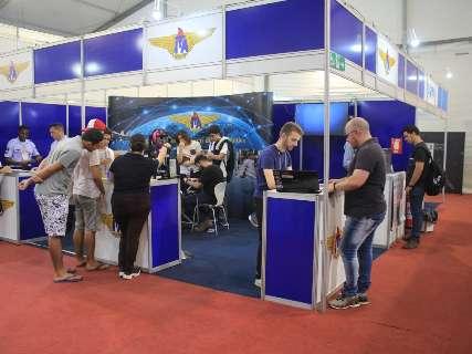 """Com impressora 3D e satélite, ExpoT&C é """"feira de ciências"""" dentro SBPC"""