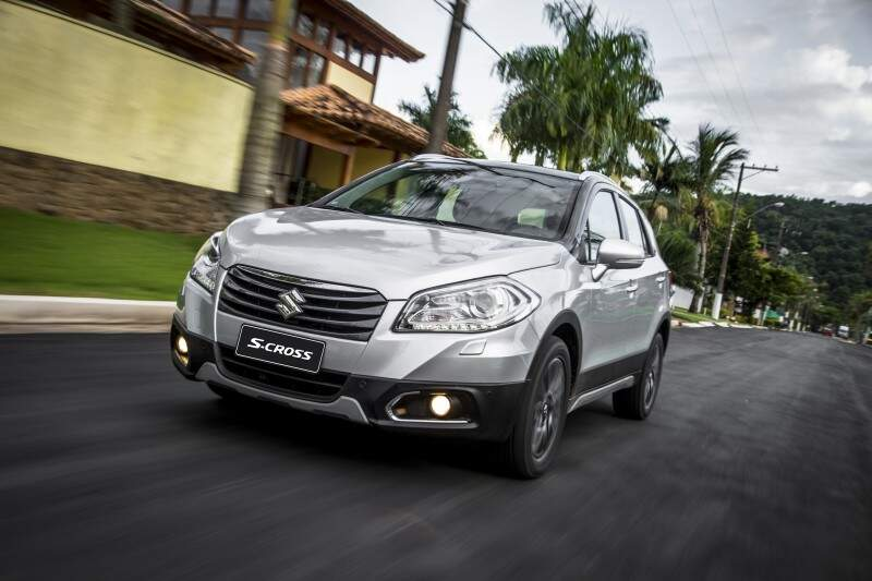 Suzuki começa a vender o Crossover S-Cross no Brasil