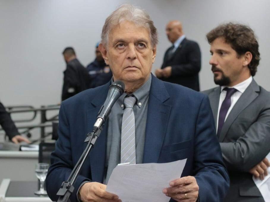 Vereador Eduardo Cury durante sessão (Foto: CMCG/Divulgação)
