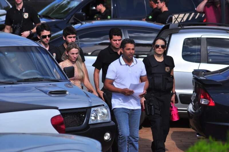 Em Naviraí, o presidente da Câmara Cicinho do PT e outras nove pessoas foram presas na Operação Atenas, da Polícia Federal (Foto: Eliel Oliveira)