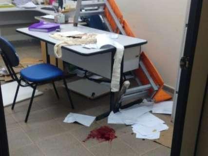 Enfermeiro leva três facadas dentro de posto de saúde do Aero Rancho