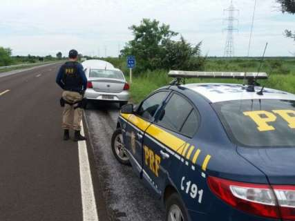 Carro tomado de casal durante sequestro foi encontrado na BR-262