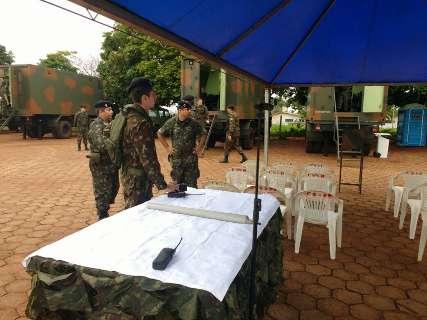Operação do Exército e PM coloca 500 homens em penitenciária estadual