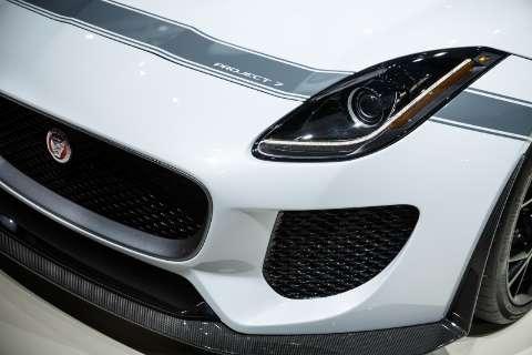 Jaguar lança F-Type 2016 no Brasil
