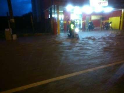 Chuva de até 63,5 mm deixou rastro de destruição em Campo Grande