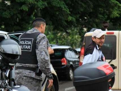 Oficiais presos em operação perdem função de confiança na Polícia Militar