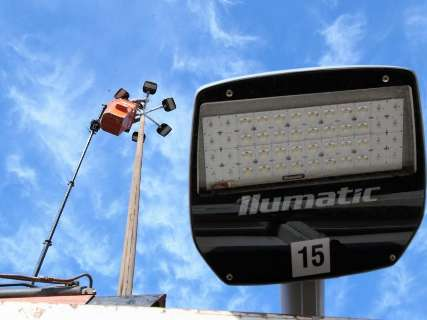 Prefeitura compra 18 mil lâmpadas para ter metade da cidade com LED até 2020