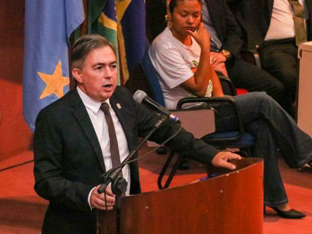 Secretário Antonio Carlos Videira durante abertura da XXI Semana Nacional sobre Drogas (Foto: Henrique Kawaminami)