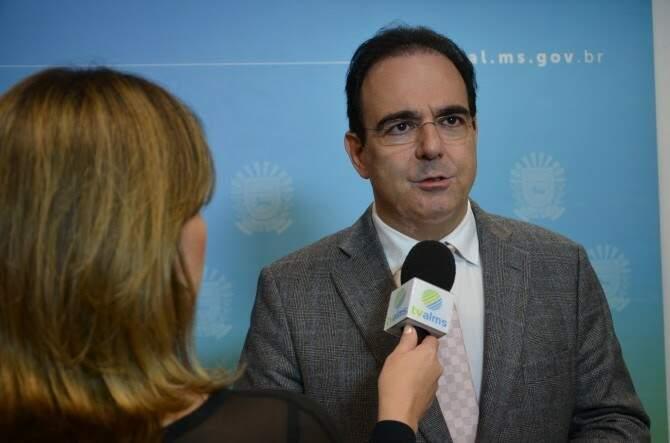 O deputado Felipe Orro apresentou projeto de lei que prevê reserva de 20% de vagas de vigilantes para mulheres (Foto: Divulgação/ALMS/João Prestes)