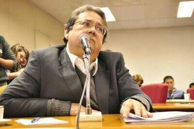 Mazina disse que Bernal demitiu equipe responsável por adaptar sistema para marcar consultas por telefone (Foto: João Garrigó)