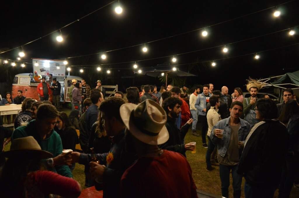 Festa rolou em um espaço rústico no Jardim Morenão. (Foto: Thailla Torres)