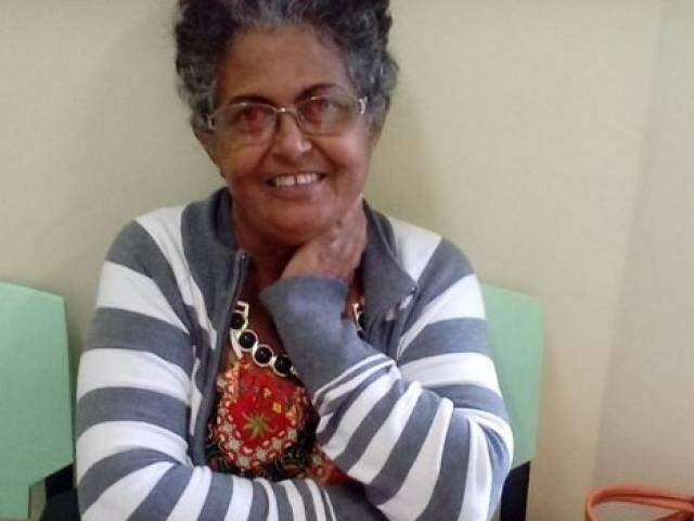 Eva Lopes Barbosa de Almeida, caminhava ao lado do marido quando foi atropelada. (Foto: Reprodução/Facebook)