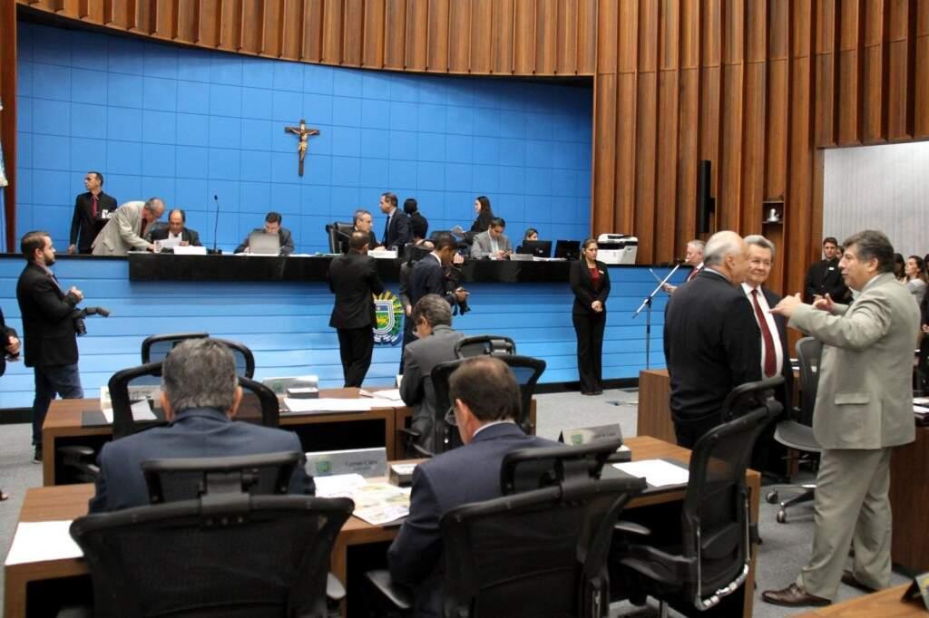 Deputados aprovaram projeto, durante sessão desta terça-feira (Foto: Assessoria/ALMS)