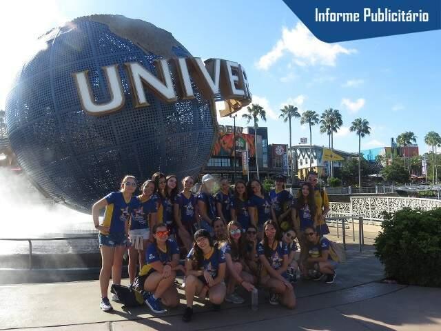 Grupo de 2016 no Universal Studios - Foto Divulgação