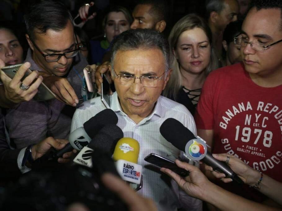 Odilon de Oliveira concede entrevista após resultado do 1º turno. (Foto: Divulgação/Assessoria).