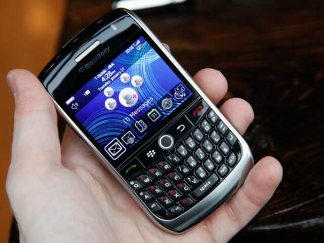 Governo estuda incentivo fiscal para baixar preços dos smartphones