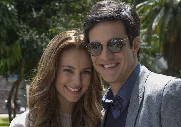 Paola e Mateus Solano serão os protagonistas.