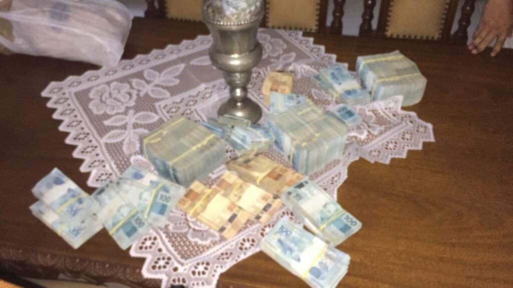 Dinheiro apreendido durante operação Ouro de Ofir.