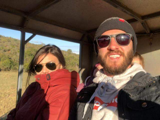 Isabella e Marcos passaram 20 dias na África do Sul, em passeios engajados, safaris e visitas a projetos sociais. (foto: Acervo Pessoal)