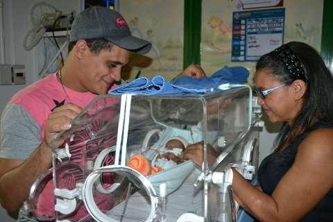 Livre de infecção há 20 dias, Yago 'engorda', mas continuará no hospital
